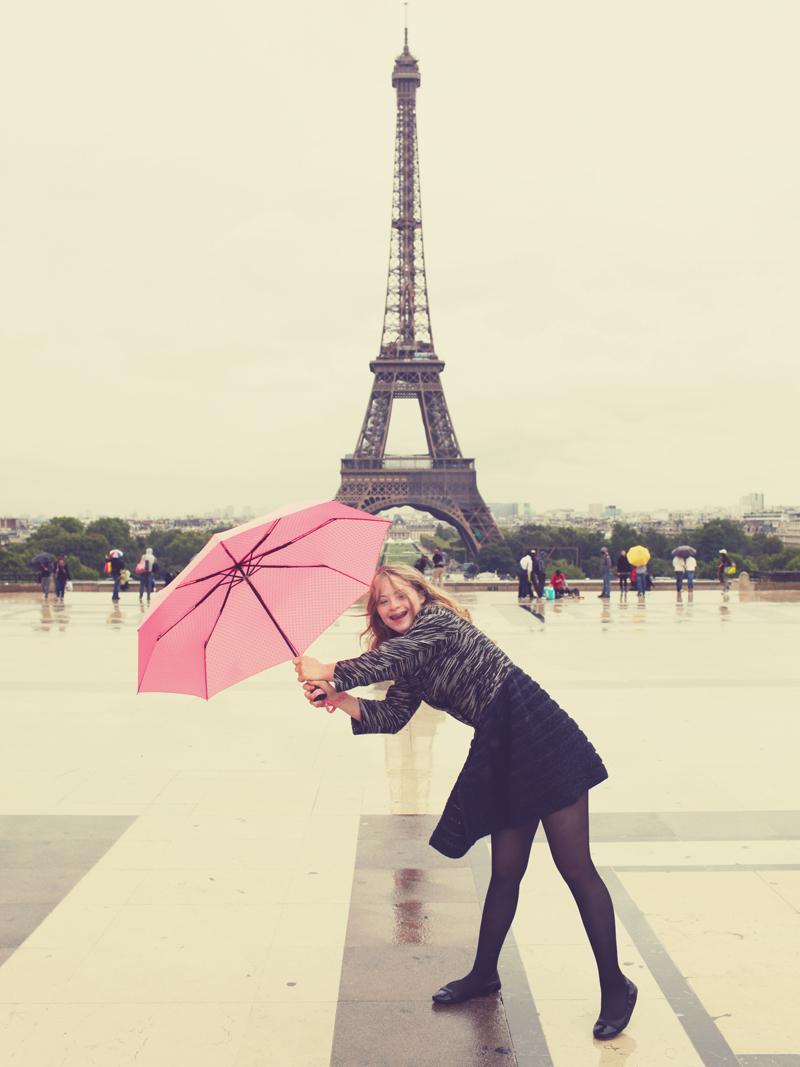 Tamara Röske in Paris - Tour Eiffel